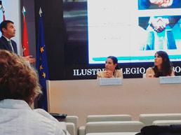 Presentación de la charla coloquio sobre Evidencia Digital en ICAM