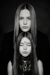 madre e hjija durante una separacion