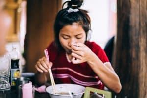 alimentación en la infancia con la pensión de alimentos