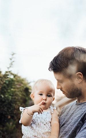 Padre con su hijo - Consejos Padres Custodia Compartida